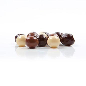 Achat en ligne Décor en chocolat : boules en chocolat crispies 100 gr