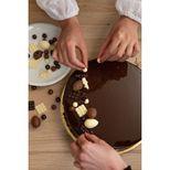 Décor en chocolat : petits éventails en chocolat blanc 50 gr